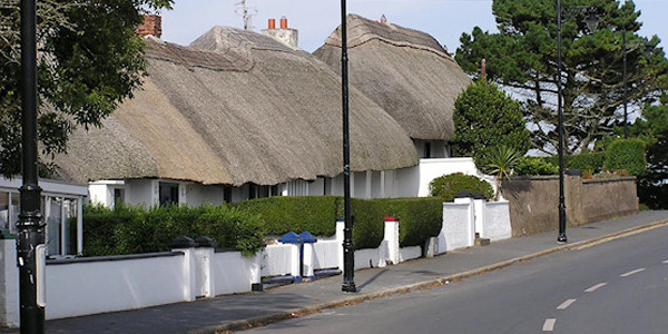 thatch cottages dunmore east
